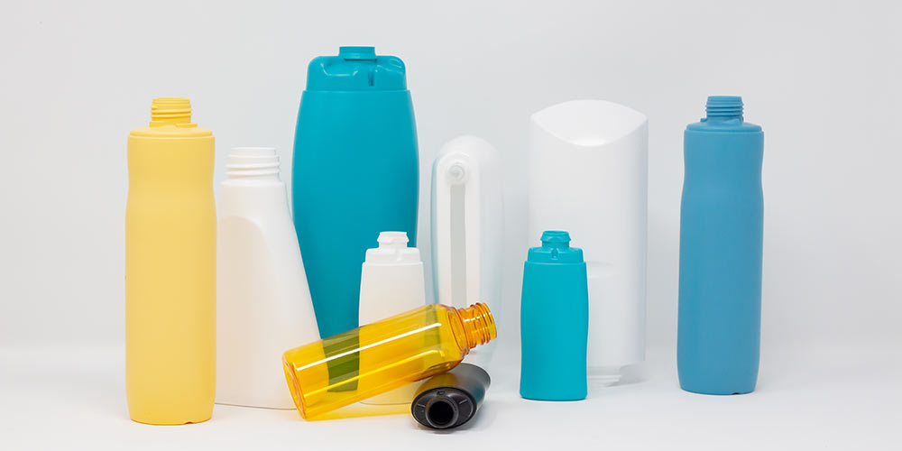 cosmetic packaging made from plastic