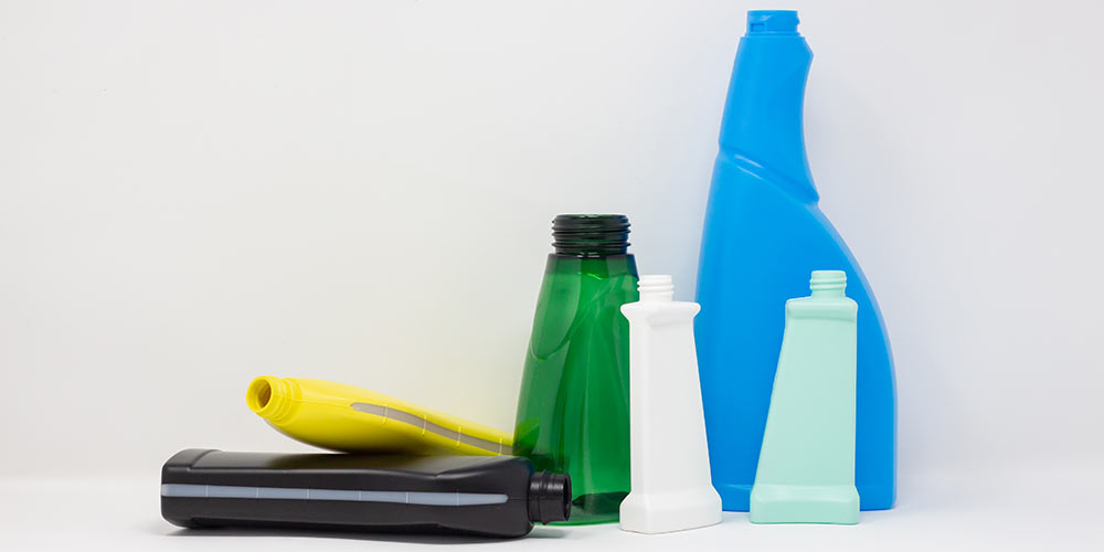 Detergents and cleaning agents packaging